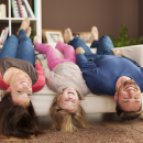 Sofa do salonu. Jak wybrać idealną sofę