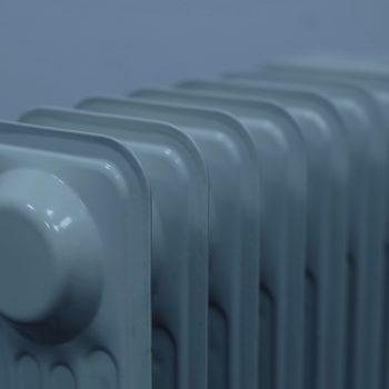 Gaz płynny w przemyśle – do czego jest wykorzystywany i jakie ma zalety